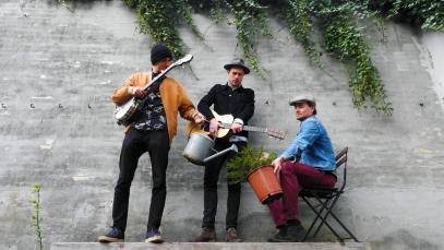 LAURSEN - Folk (d. 7/6)